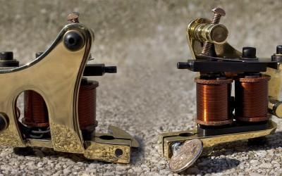 Mirror polished brass mini Jensen style machine. Medium speed, very powerful liner for medium - big needles.