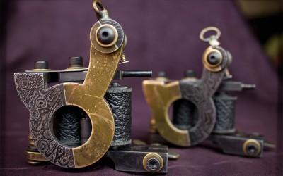 Set of matching liner / soft mini-shader machines. Bi-metal damascus steel & brass frames.
